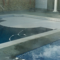 Automatic pool cover, Sevenoaks