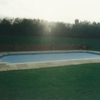 Automatic cover to tiled pool, Tonbridge